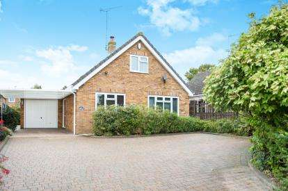 3 Bedrooms Bungalow for sale in Fakenham, Norfolk, England