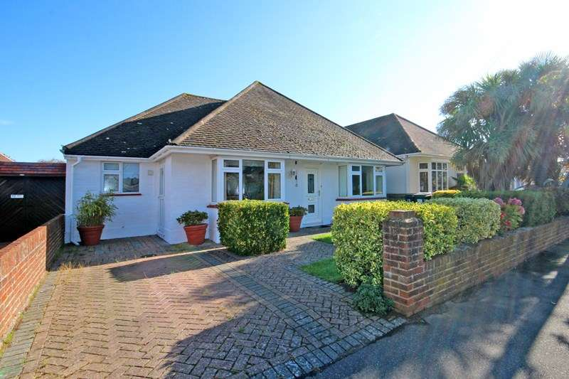 4 Bedrooms Detached Bungalow for sale in Baring Road, Hengistbury Head, Bournemouth