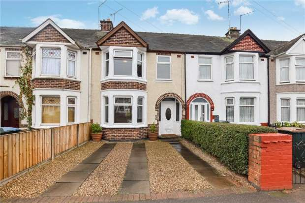 3 Bedrooms Terraced House for sale in The Scotchill, Keresley, Coventry, CV6