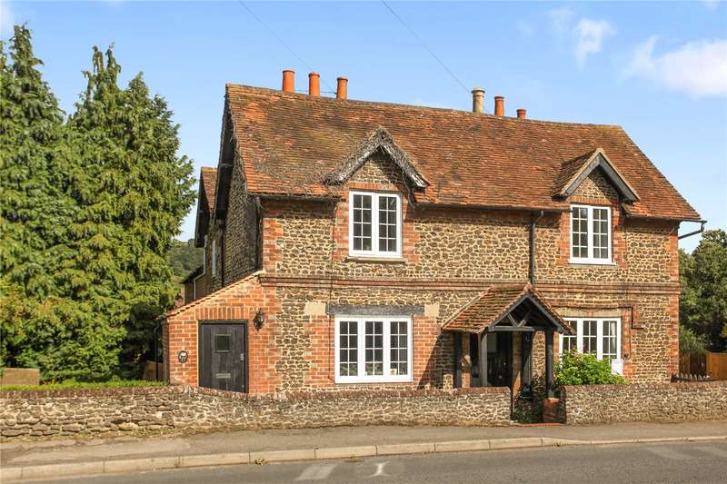 3 Bedrooms Semi Detached House for sale in Dorking Road, Chilworth, Guildford, Surrey, GU4