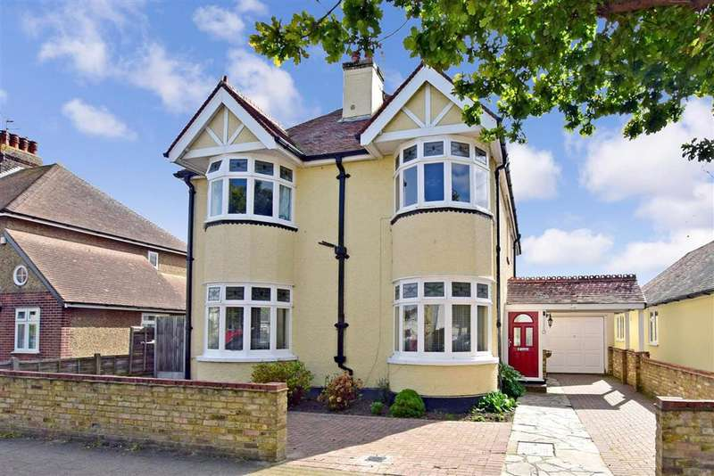 5 Bedrooms Detached House for sale in Spenser Road, Herne Bay, Kent