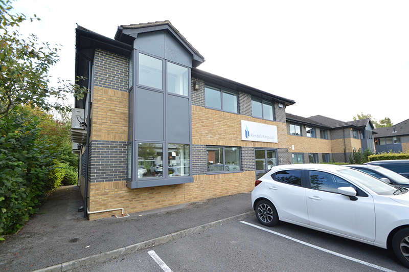 Office Commercial for sale in 1 Lakeside, Headlands Business Park (long leasehold), Salisbury Road, Ringwood, BH24 3PB