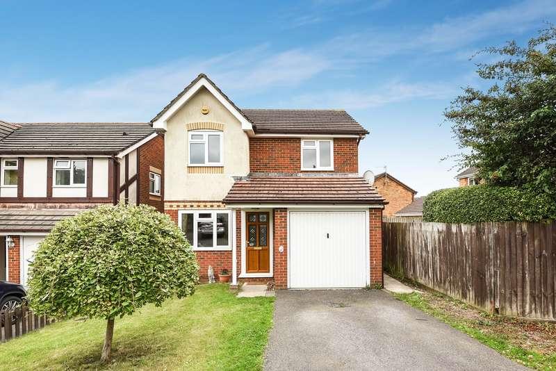3 Bedrooms Detached House for sale in Primrose Gardens, Hatch Warren, Basingstoke, RG22