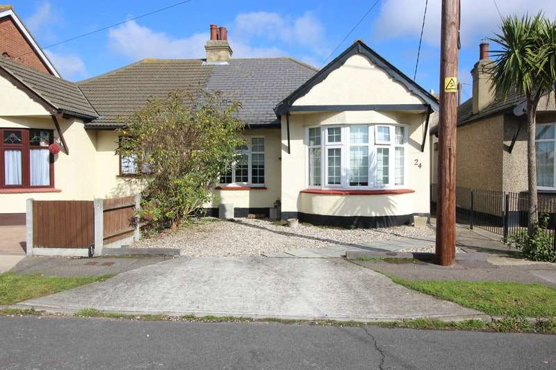 2 Bedrooms Bungalow for sale in Castle Rd, Hadleigh, Essex, SS7