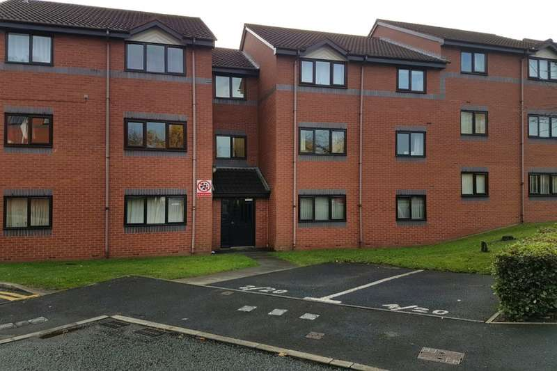 2 Bedrooms Flat for sale in St. Marys Close, Stockport, SK1