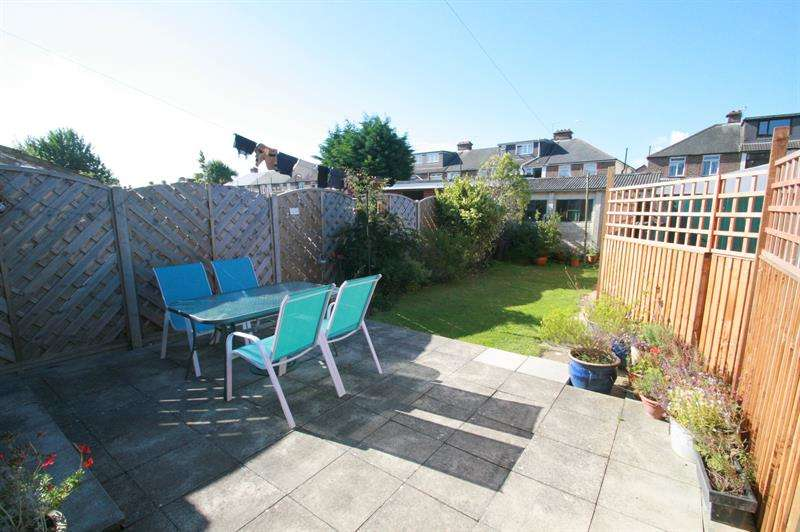 4 Bedrooms End Of Terrace House for sale in Hawthorn Crescent, Portsmouth