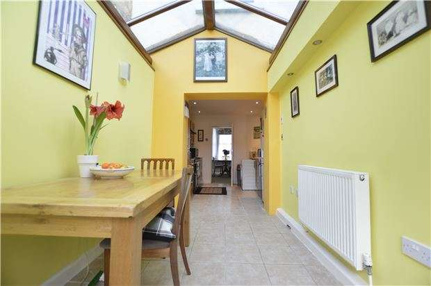 5 Bedrooms End Of Terrace House for sale in North Terrace, HASTINGS, East Sussex, TN34