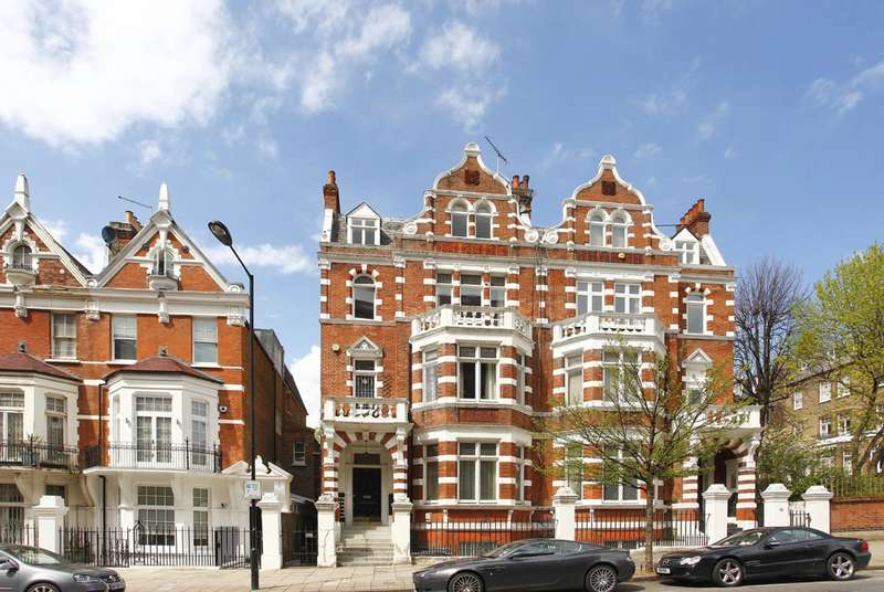 3 Bedrooms Flat for sale in Hall Road, St John's Wood, NW8