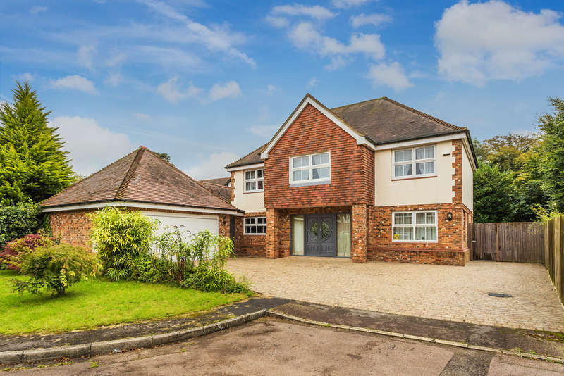 6 Bedrooms Detached House for sale in Badgers Lane, Warlingham, CR6