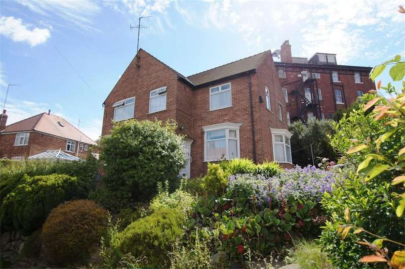 3 Bedrooms Detached House for sale in Grosvenor Road Scarborough