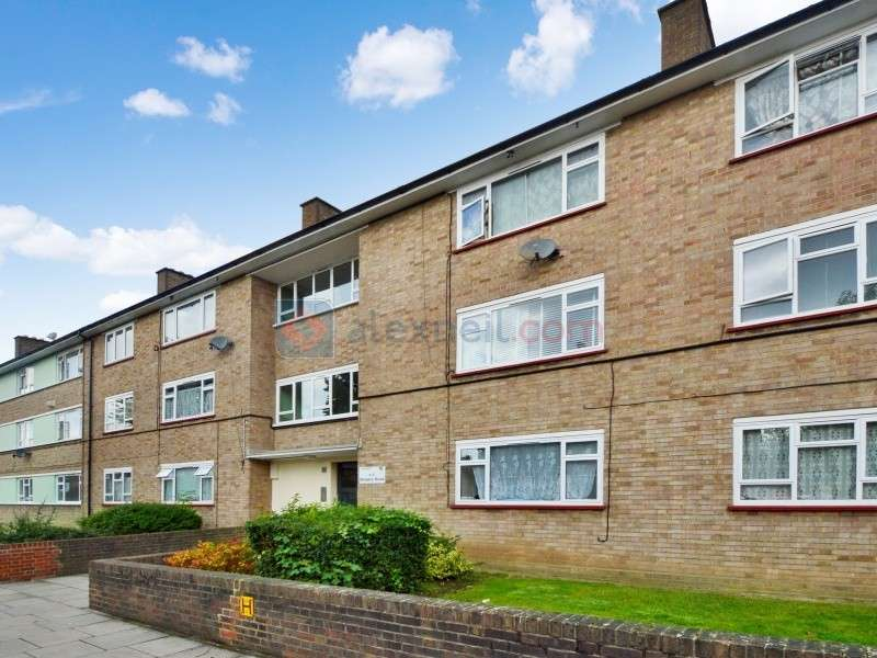 1 Bedroom Flat for sale in Bargery Road, Catford SE6