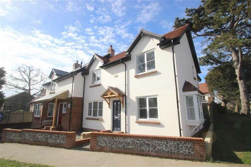 3 Bedrooms Semi Detached House for sale in Matrons Cottages, East Preston, West Sussex