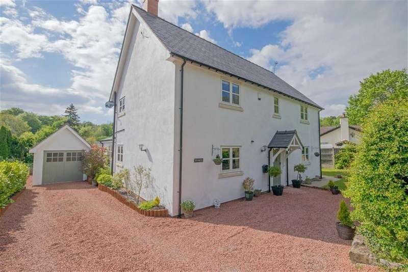 4 Bedrooms Detached House for sale in Cadole Road, Cadole, Mold