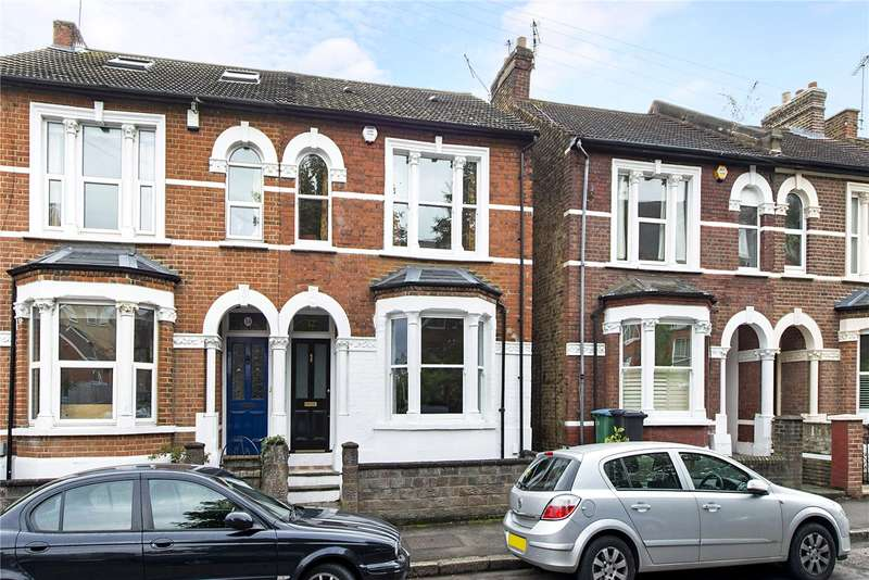3 Bedrooms Semi Detached House for sale in Grosvenor Road, Watford, Hertfordshire, WD17