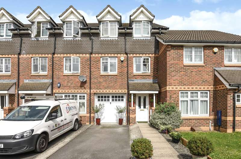 3 Bedrooms Mews House for sale in Old School Road, Hillingdon, Middlesex, UB8