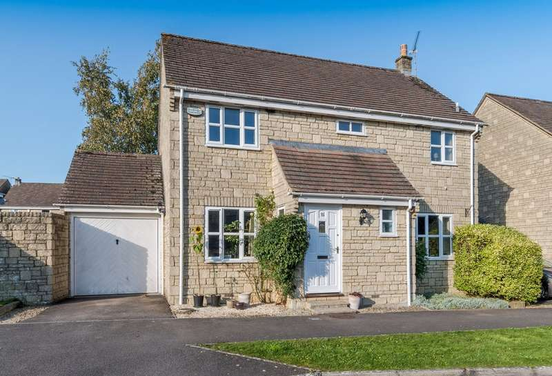 4 Bedrooms Detached House for sale in Shepherds Mead, Tetbury