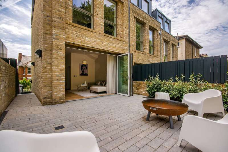 4 Bedrooms House for sale in Cintra Park, Crystal Palace, SE19