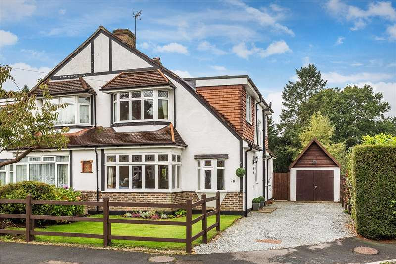 3 Bedrooms Semi Detached House for sale in Annes Walk, Caterham, Surrey, CR3