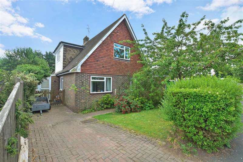 5 Bedrooms Bungalow for sale in Beeches Road, Crowborough, East Sussex