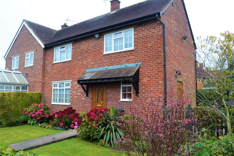 3 Bedrooms Semi Detached House for sale in Heath Row, Cross Of The Hill Road, No Mans Heath