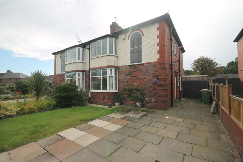 3 Bedrooms Semi Detached House for sale in Lakeside Avenue, Great Lever, Bolton, BL3 2HY