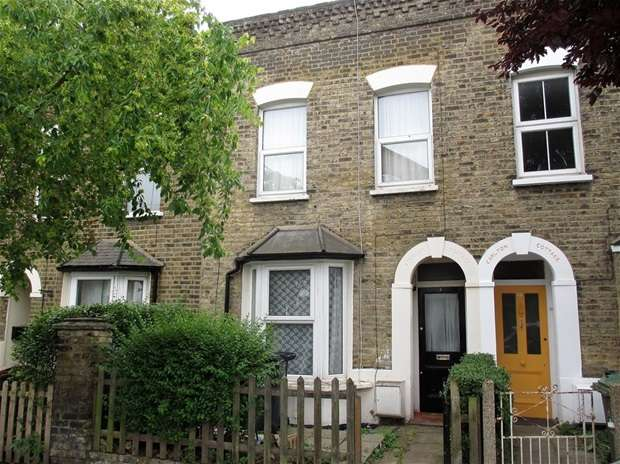 2 Bedrooms House for sale in Esther Road, London
