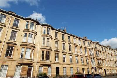 2 Bedrooms Flat for rent in Kent Road, Charing Cross, G3