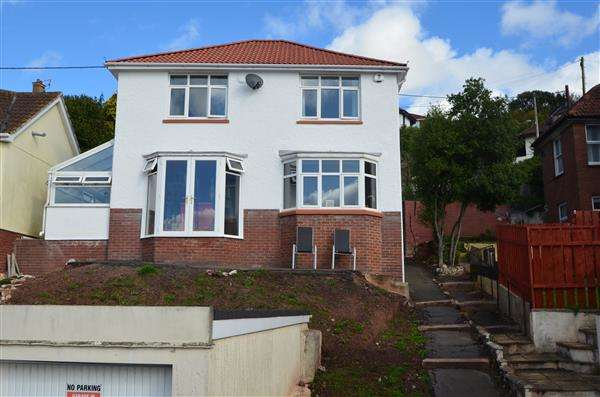 3 Bedrooms Detached House for sale in Priory Park Road, Dawlish
