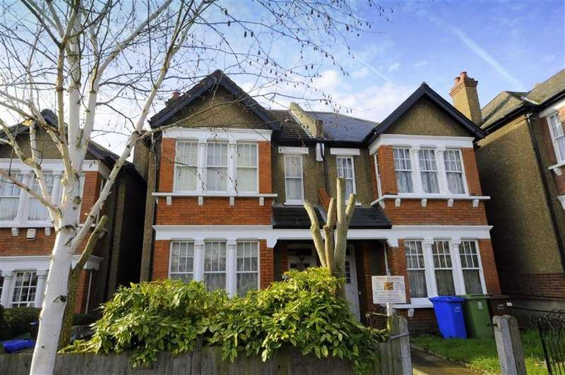 4 Bedrooms Terraced House for sale in Ruskin Walk, Herne Hill, London