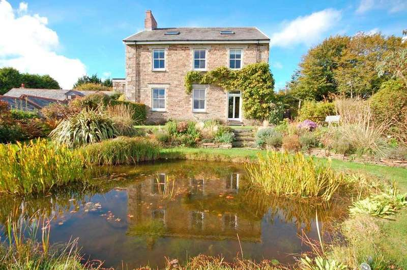 5 Bedrooms Detached House for sale in Cardinham,Cornwall, PL30