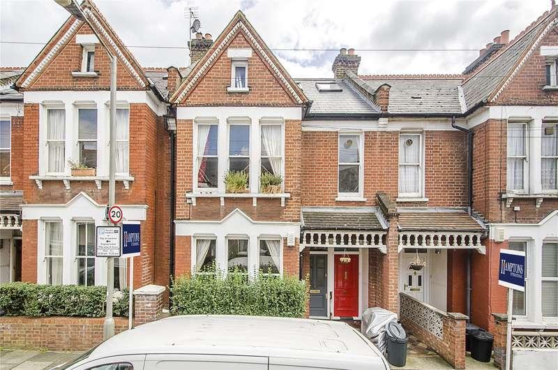 4 Bedrooms Flat for sale in Lynn Road, London, SW12