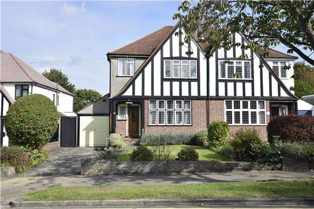 3 Bedrooms Semi Detached House for sale in Park Avenue, ORPINGTON, Kent, BR6