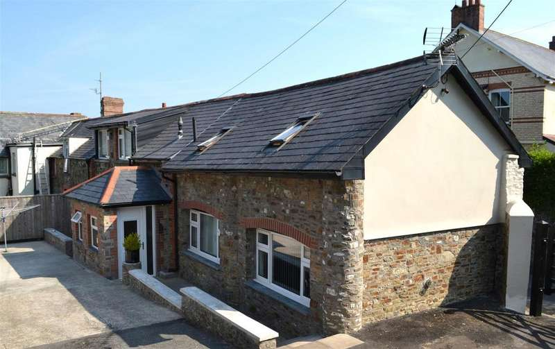 2 Bedrooms Barn Conversion Character Property for sale in Rumsam Road, Barnstaple