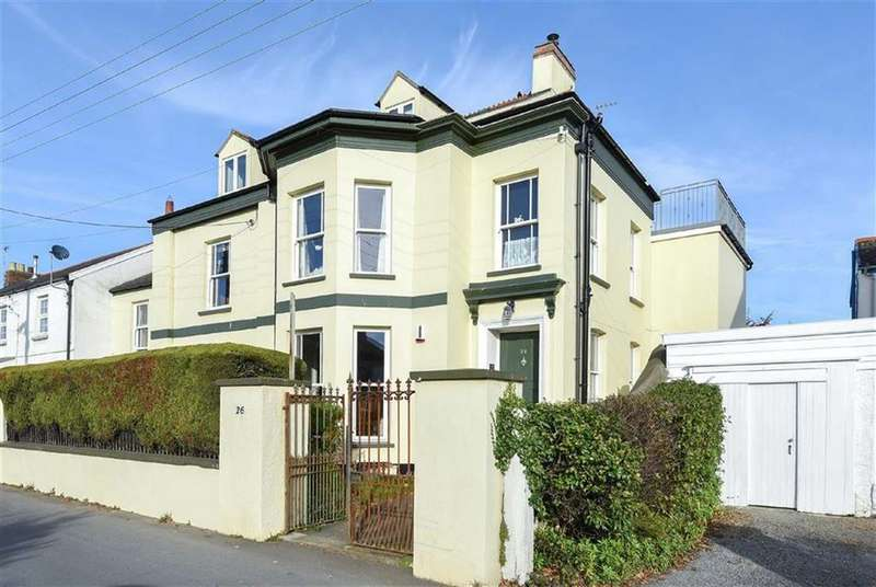 8 Bedrooms Semi Detached House for sale in Wrafton Road, Braunton, Devon, EX33
