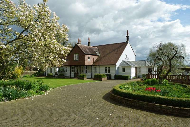 5 Bedrooms Detached House for sale in Newby East, Carlisle