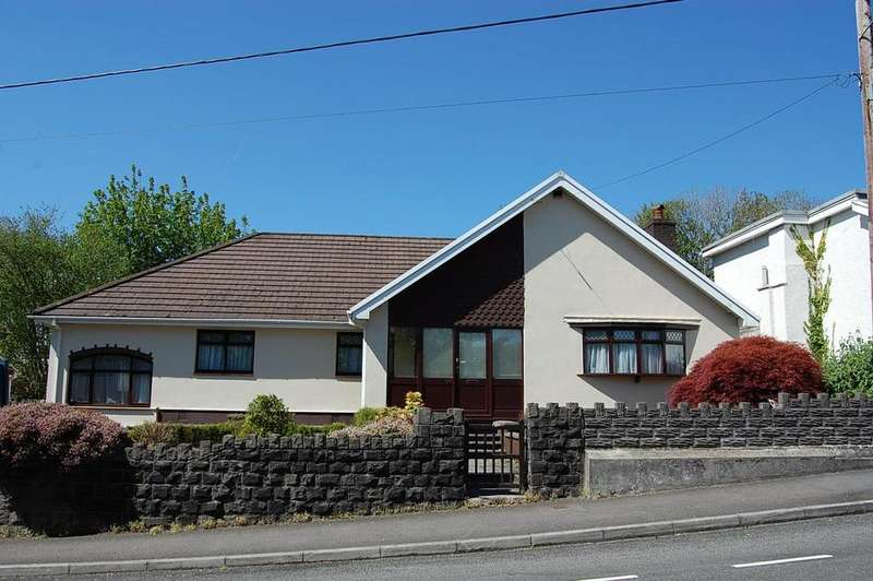 4 Bedrooms Detached Bungalow for sale in High Street, Ammanford