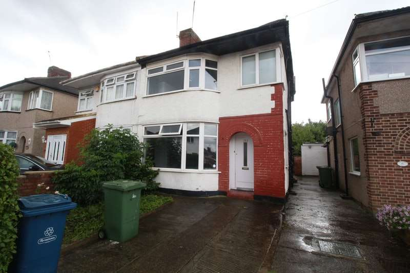 3 Bedrooms Semi Detached House for sale in Arundel Drive, Harrow, Middlesex, HA2