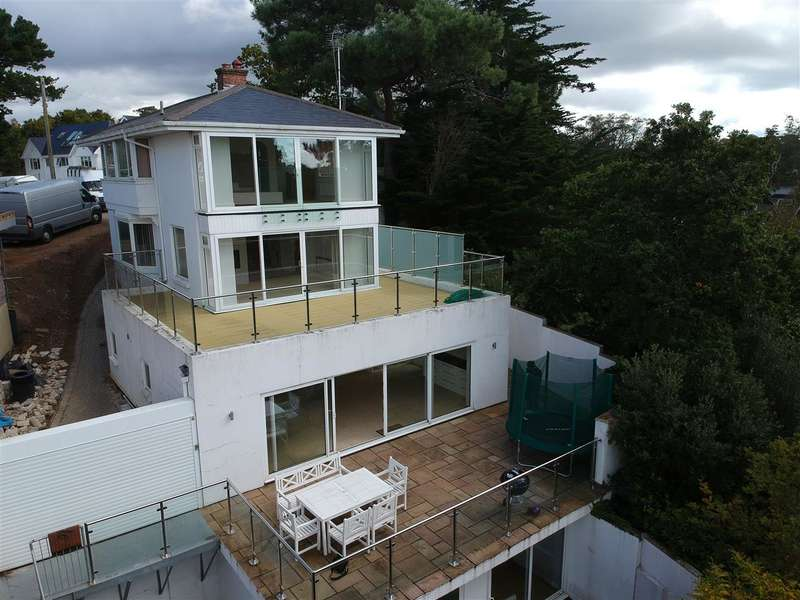 4 Bedrooms Detached House for sale in Lower Parkstone
