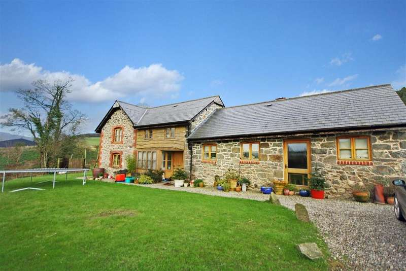 4 Bedrooms Barn Conversion Character Property for sale in Llansilin, Oswestry