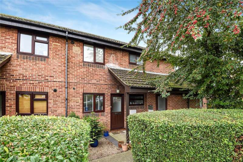 1 Bedroom Maisonette Flat for sale in Perry Close, Hillingdon, Middlesex, UB8