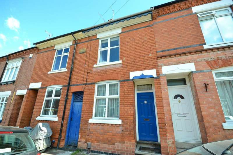 4 Bedrooms Terraced House for sale in Lytton Road, Leicester
