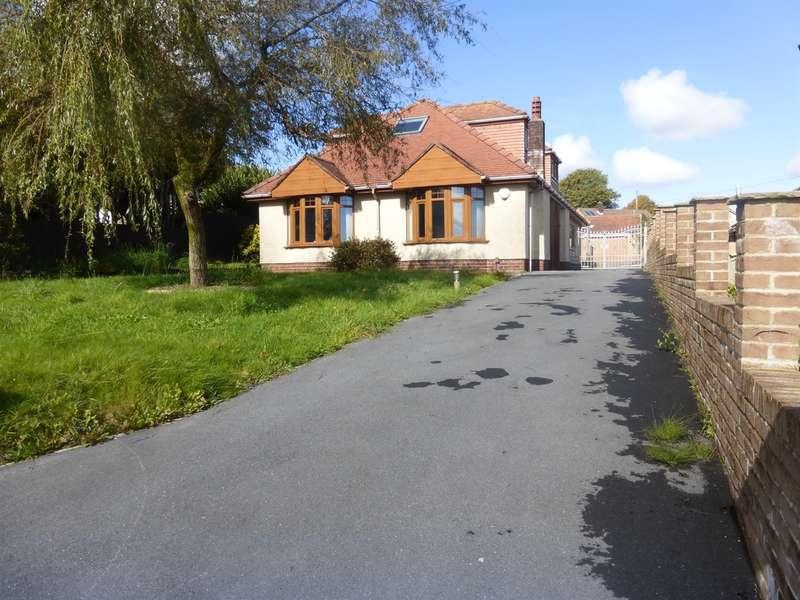 4 Bedrooms Detached Bungalow for sale in Penlan Road, Treboeth, Swansea