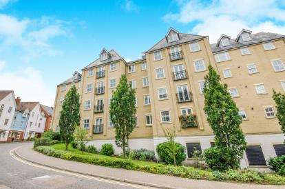 3 Bedrooms Flat for sale in Colchester, Essex