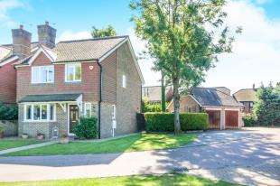 3 Bedrooms Detached House for sale in Cotsford, Old Brighton Road, Pease Pottage, Crawley