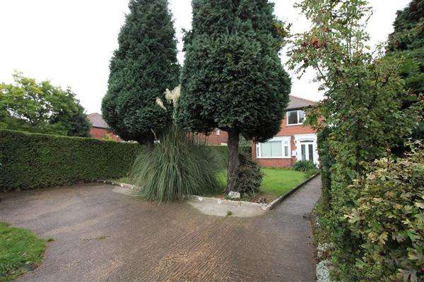 3 Bedrooms Detached House for sale in Sprotbrough Road, Sprotbrough, Doncaster