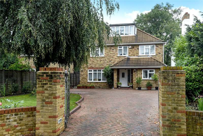 6 Bedrooms Detached House for sale in Sweetcroft Lane, Hillingdon, Middlesex, UB10