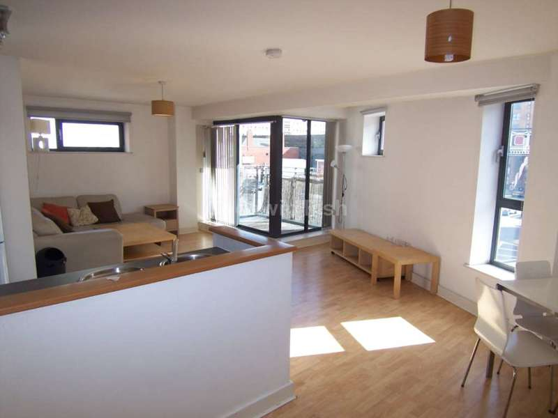 2 Bedrooms Apartment Flat for sale in City Point 1, 150 Chapel Street, Manchester