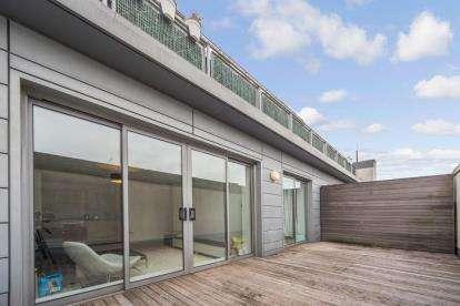 2 Bedrooms Flat for sale in Buchanan Street, Glasgow