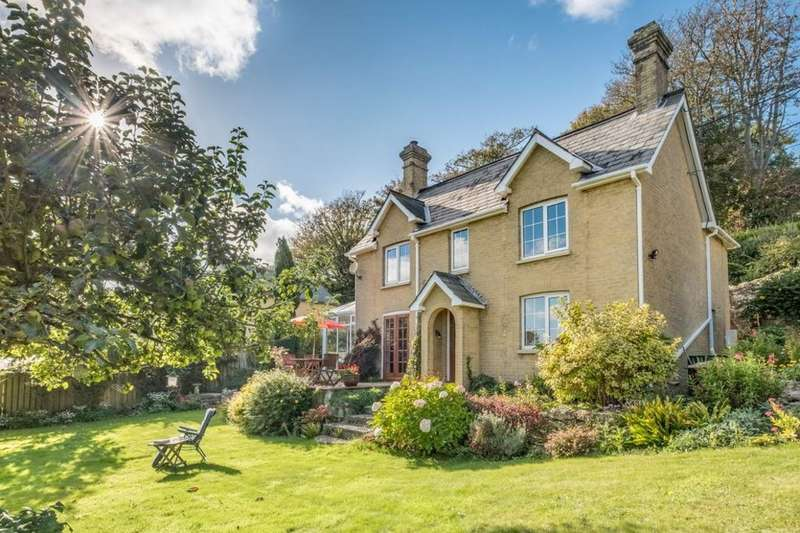 3 Bedrooms Cottage House for sale in Niton, Isle Of Wight