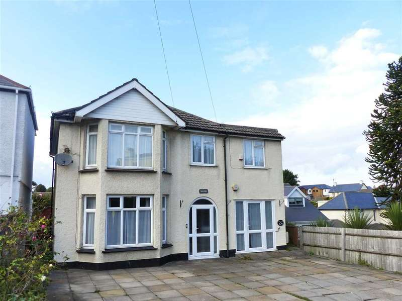 5 Bedrooms Detached House for sale in Wayside, Hardwick Hill, Chepstow